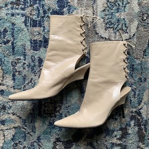 SERGIO ROSSI Made in Italy Beige Lace Booties Sz 6